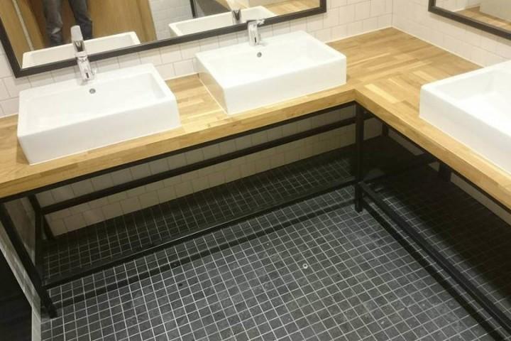 Blat łazienkowy drewniany