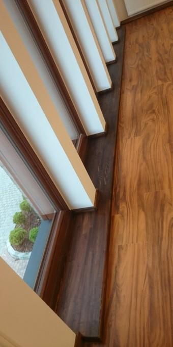 Parapet z drewna